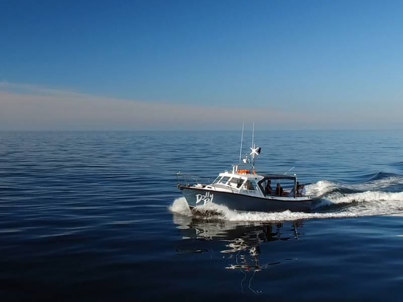 Dolly P heading out onto the Atlantic Ocean